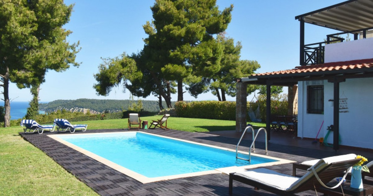 Rent a Private Pool Villa at Chalkidiki